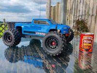 Arrma big rock. 3s. Brushless. RC car. Monster truck.