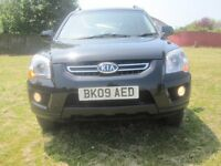 KIA SPORTAGE 2.0 PETROL 2 previous owner 5dr 2009 BLACK 12 MONTHS MOT