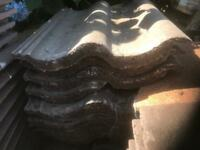 Roofing Tiles x 150 approx