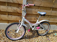 Girls Bicycle 6 - 9 years Approx...