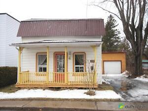 105 000$ - Maison 2 étages à vendre à Victoriaville