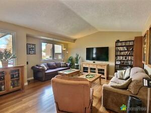 $214,900 - Bi-Level for sale in Edmonton - West Edmonton Edmonton Area image 2