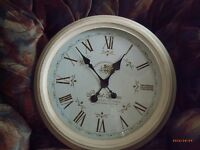 "LARGE WHITE WALL CLOCK 18.5"" (47cm)"