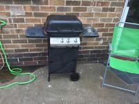 BBQ , 2 burner and side burner gas bbq