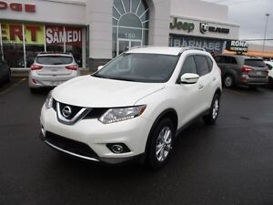 2016 Nissan Rogue SV..awd..sieges chauffants..