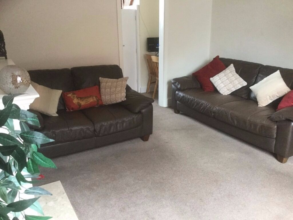 2 bedroom house in oldham to rent (private landlord, no fees or