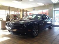 2015 Dodge Challenger R/T ONE OWNER 9000km!