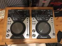 Pioneer CDJ 400 (pair)