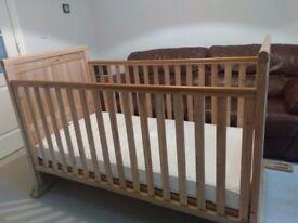 Lollipop Lane Solid Oak Claydon Cot Bed, superb condition, free mattress