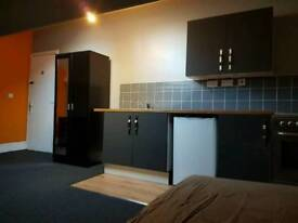 Studio available on Tong St - Bradford