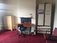 Double room to let in levenshulme