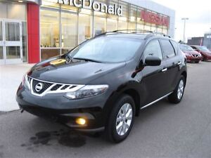 2014 Nissan Murano SL Full front rock guard, leather, bluetooth
