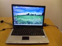 Laptop Medion 15.4 inch, windows 7, HDD 80GB, RAM memory 2GB