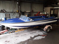 Windsor 16ft speedboat