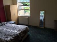 @@ 2 Double rooms in the same house @@ Available now