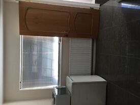 AVAILABLE IMMEDIATLY In CAVERSHAM RG4 -An executive en suite room,