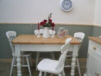 Stunning Pine Farmhouse 4ft Table and Chair Set.