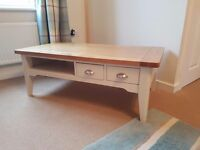 Oak coffee table chabby chic