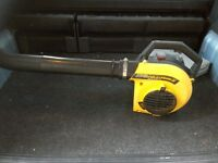 Petrol leaf blower 2 stroke engine wont start needs fuel pipe pushing down in very good condition