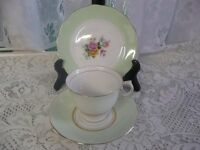 Vintage Cups,saucers and Side Plates Ideal For Vintage Weddings Afternoon Teas etc