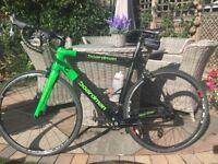 Boardman Carbon Road Bike - In amazing Green!