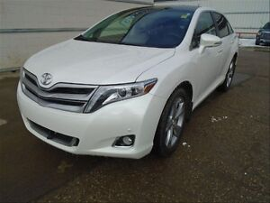 2014 Toyota Venza Limited V6 ONE owner great buy