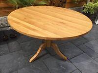 Solid Oak Circular Dining Table, 120cm Diameter.