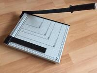 Guillotine Paper/Photo Cutter and Trimmer.