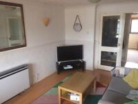 New Single Room to rent, steps from Westfield Centre!