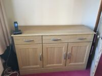 Buffet/sidebar for Sale, excellent condition, two cupboard, 2 drawer