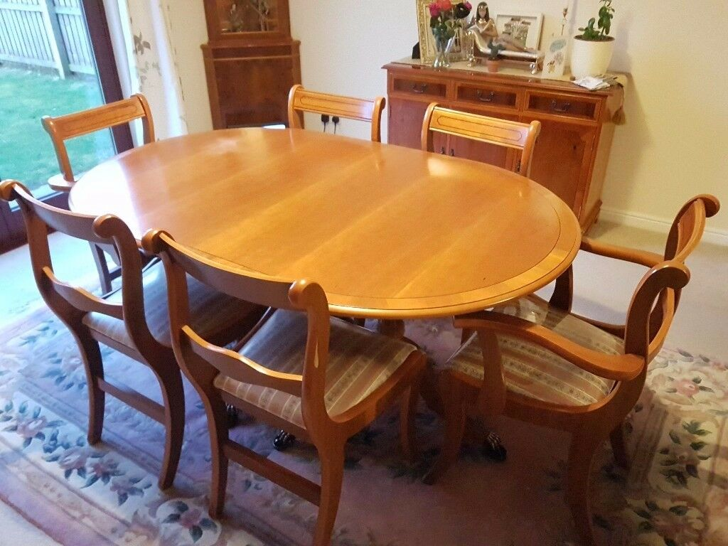 Complete dining and living room set of Yew Furniture
