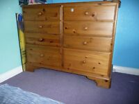 Ducal chest of drawers