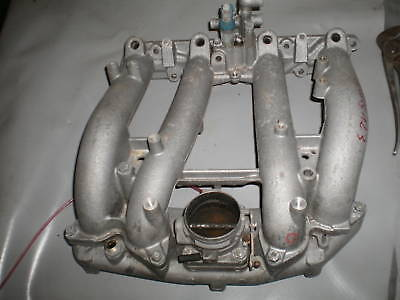Mercedes W123  230E   Drosselklappe / Ansaugkanal