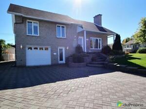 349 000$ - Maison à paliers multiples à vendre à Chicoutimi Saguenay Saguenay-Lac-Saint-Jean image 3