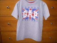 T shirt GAP (London England design) short sleeve Age 6-7 yrs.