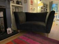 Cuddle seat/love seat