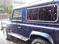 landrover defender 90. 6 seater. 12 months mot just been serviced and waxoiled