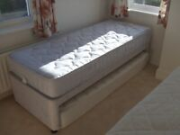 Single guest bed 2ft 6in x 6ft 3in with second retracting mattress