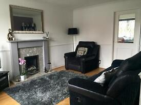 Attractive two bedroom mid-terrace house for rent in the popular area of Catcliffe