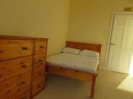 Double room to let, 5 minutes walk from ARI.