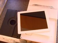 ipad 2 16 gb wifi boxed with new case