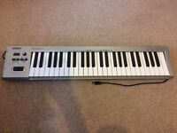 Fantastic synthesizer for sale