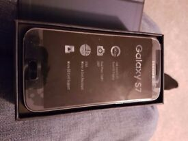 new boxed Galaxy s7 mobile phone,32gb on 3 network.never been used