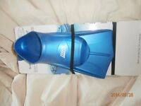 Zoggs Bluefin Swimming Fins - never used