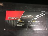 Snap-on socket set kit