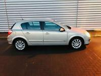 Vauxhall Astra 1.6 design in excellent condition 1 lady owner full service history mot till Sep 18