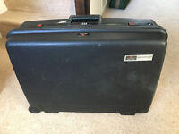 Delsey Club Hard Suitcase
