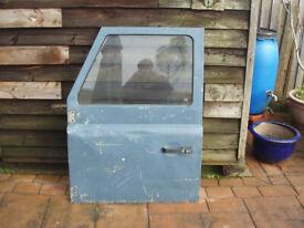 land rover defender / 90 front passenger door
