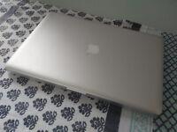 Apple Macbook Pro mid2010 15inch i5, 4GB, 500GB new battery