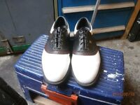 FOOTJOY TRI COLOURED GOLF SHOES SIZE UK -11 USED TWICE IN EXCELLENT CONDITION